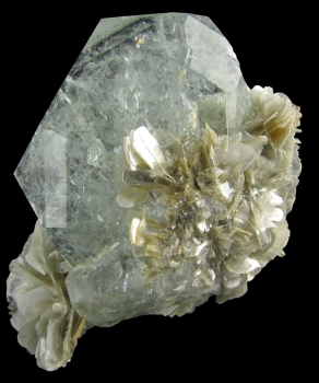 Beryl var. Aquamarine from Xeubaoding Mine, Pingwu Co., Sichuan Province, China [db_pics/pics/aqua5b.jpg]