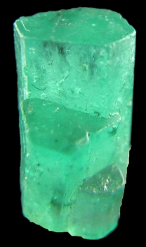 Beryl var. Emerald from Muzo Mine, Muzo, Vasquez-Yacopí Mining District, Boyacá Department, Colombia [db_pics/pics/emerald3c.jpg]