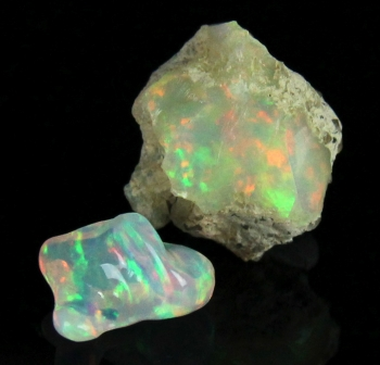 Opal (rough and cut) from Shoa Province, Ethiopia [db_pics/pics/opal13a.jpg]